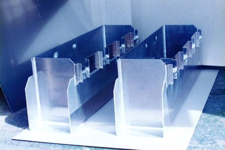アルミ板金製品